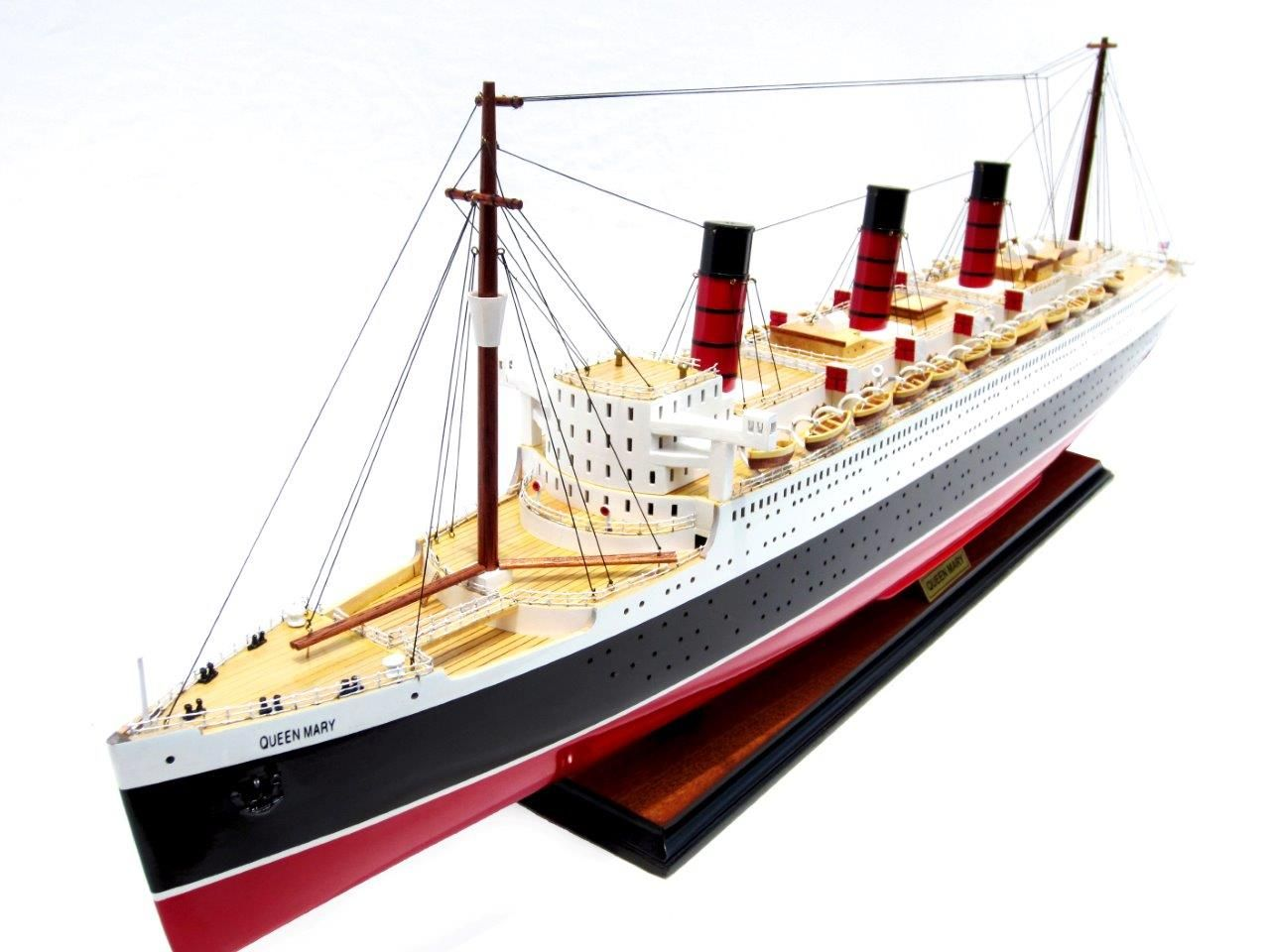 2091-12418-Queen-Mary-Model-Boat