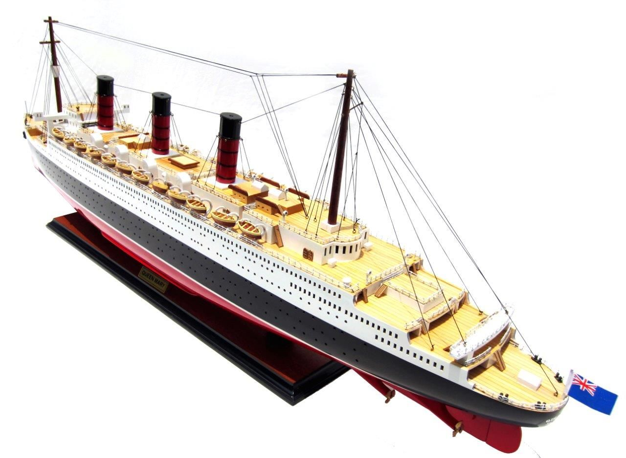 2091-12421-Queen-Mary-Model-Boat