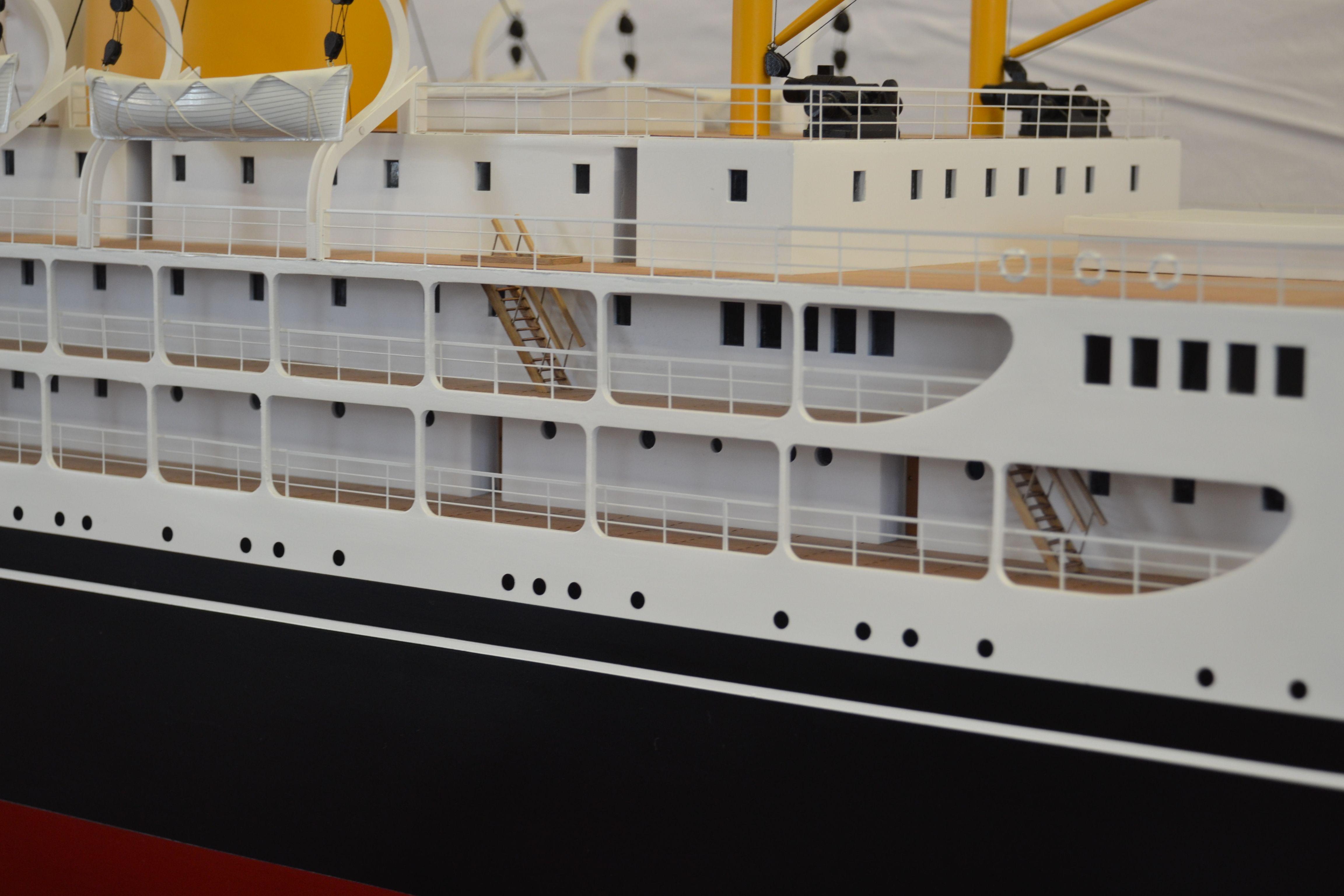 2209-12953-SS-Corinthic-Model-Ship