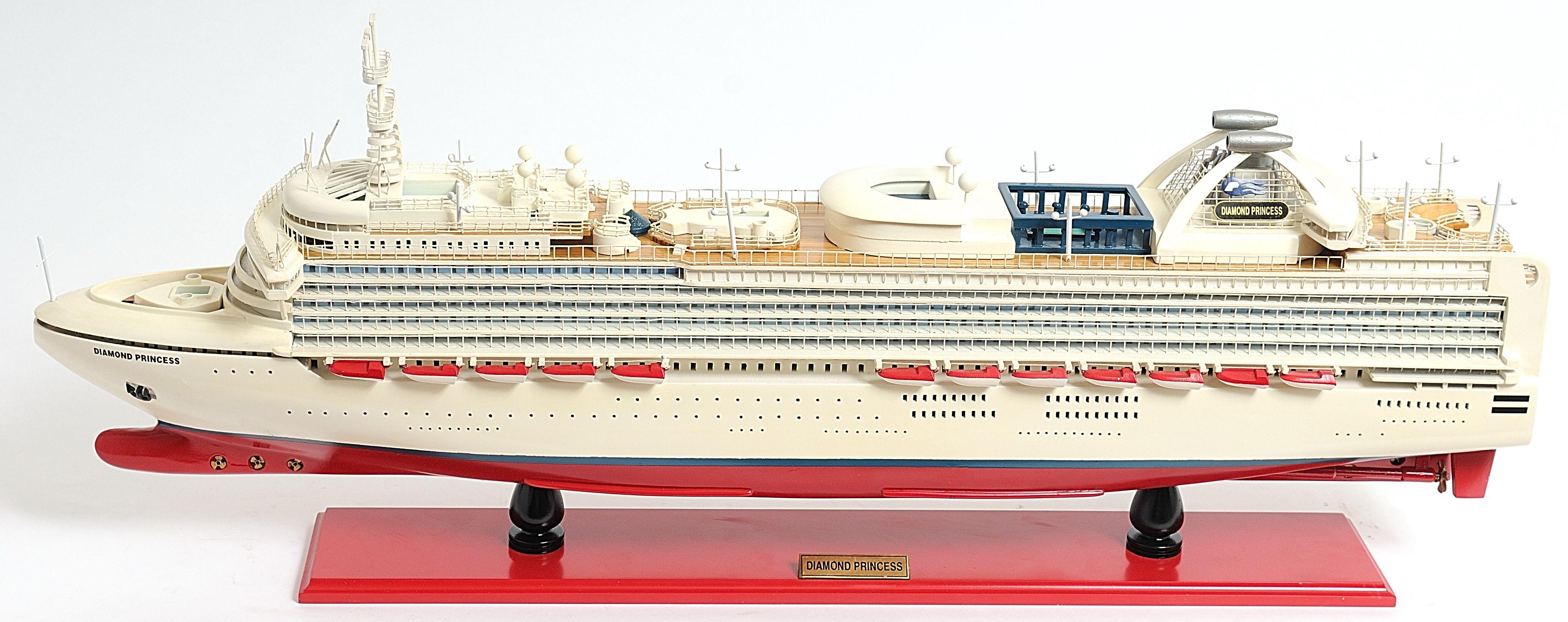 2262-13136-Diamond-Princess-Model-Boat