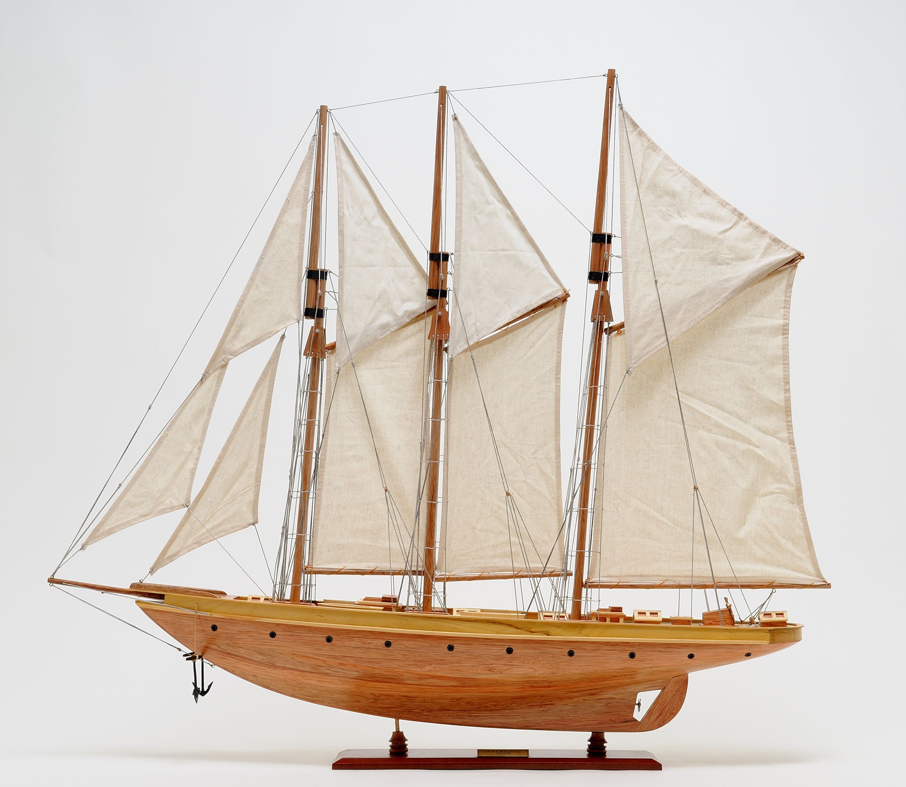 2278-13027-Atlantic-Model-Yacht
