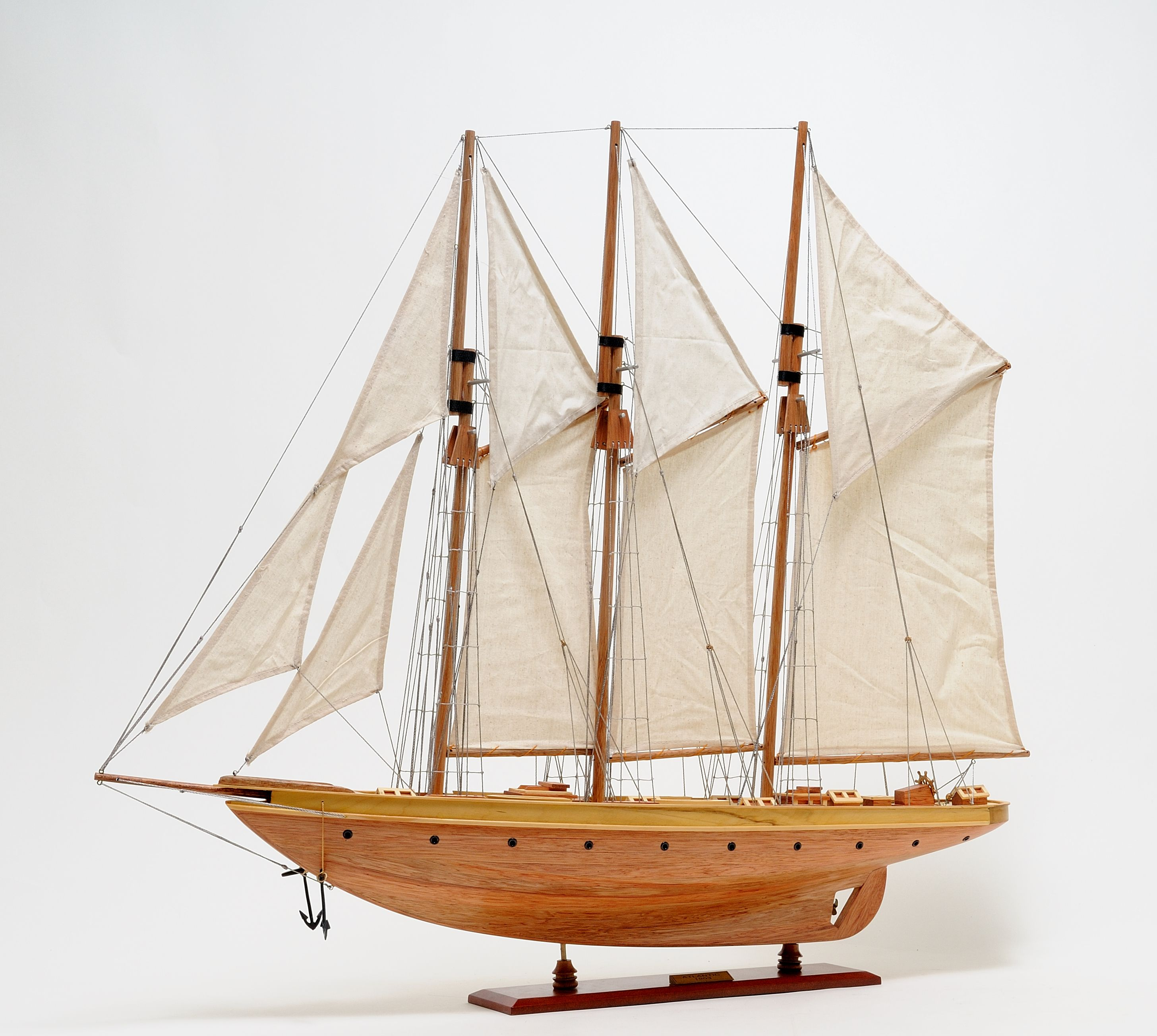 2278-13028-Atlantic-Model-Yacht