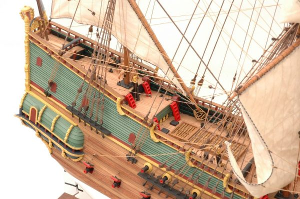 228-6948-Batavia-model-ship-Premier-Range