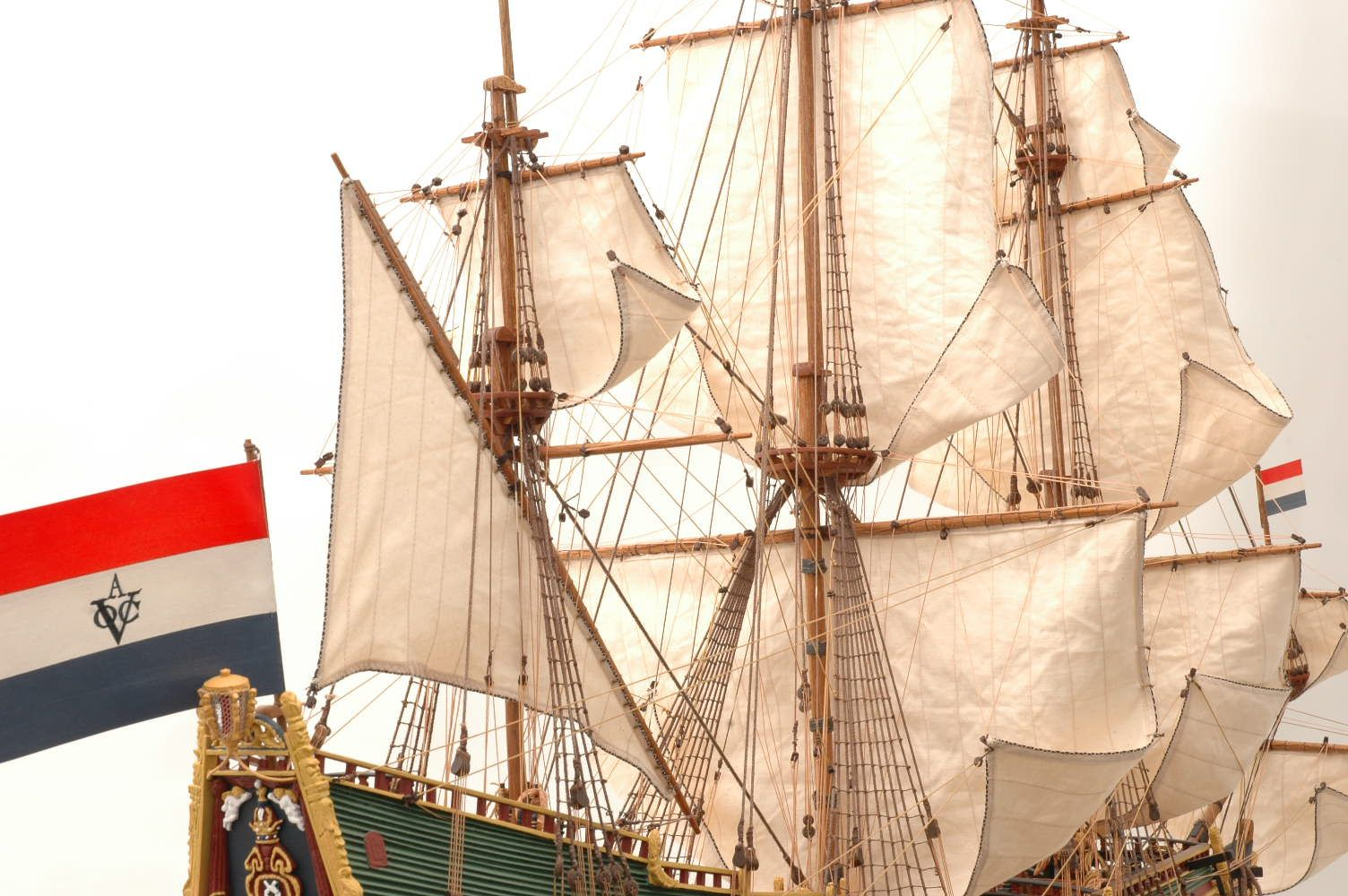 228-6954-Batavia-model-ship-Premier-Range