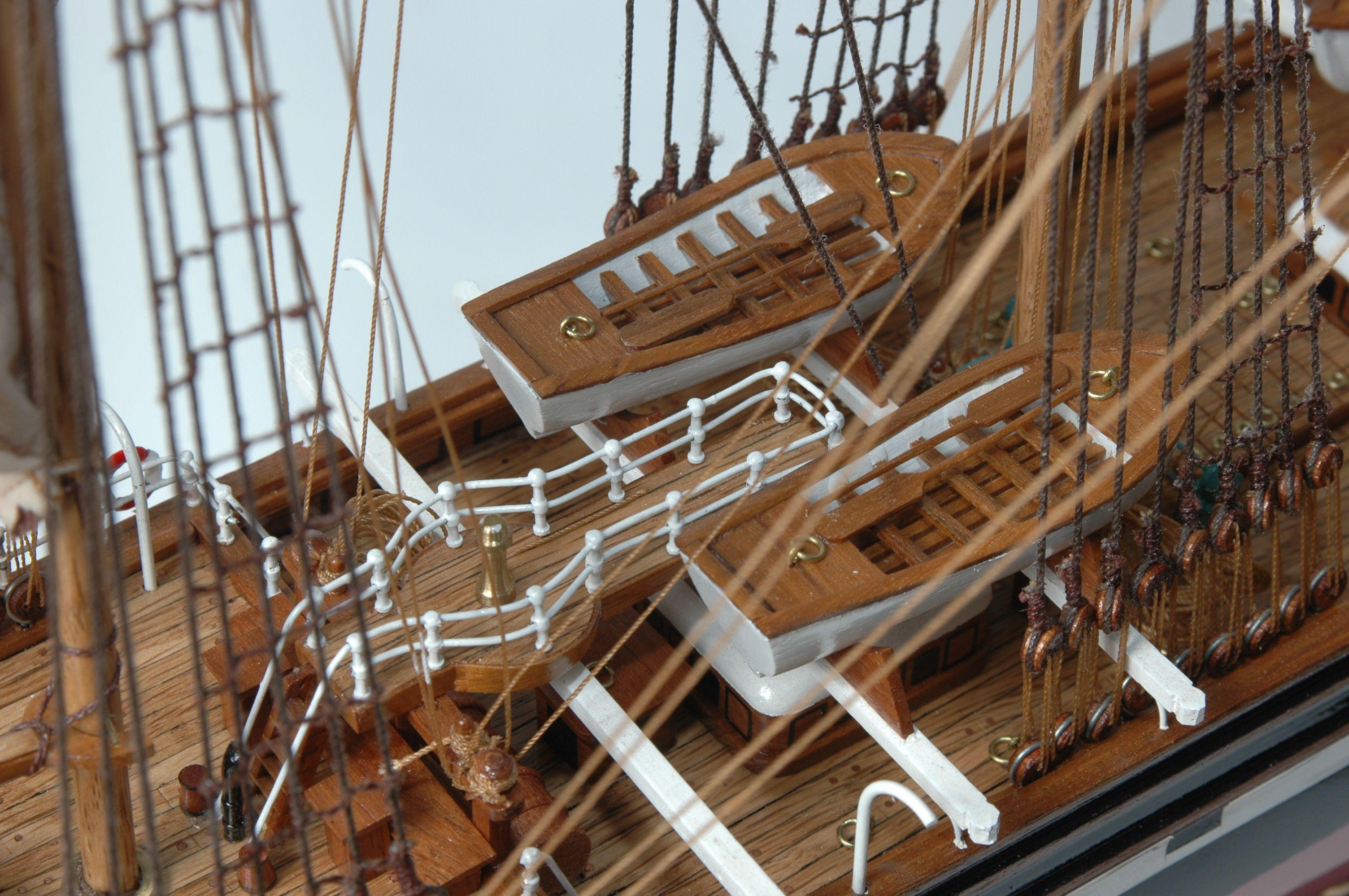 234-8633-Brier-Holme-model-ship-Premier-Range