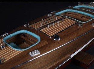 2361-Speedboat-Triple-cockpit-Standard-Range-Authentic-Models-AS183