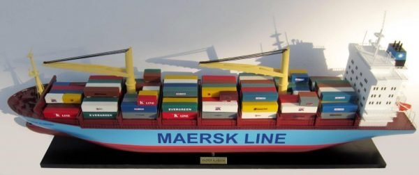 2455-14049-Maersk-Alabama-Container-Model-Ship