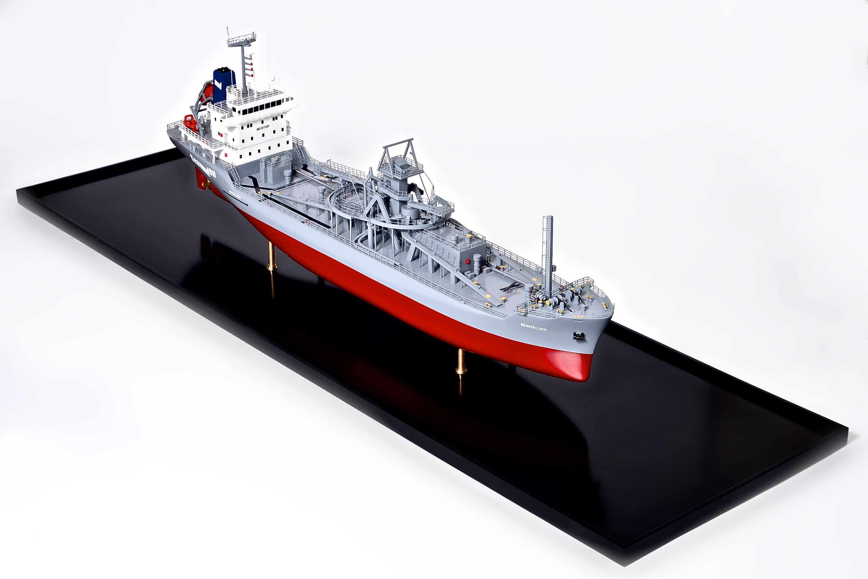 2474-14112-Seaven-Luck-Model-Ship