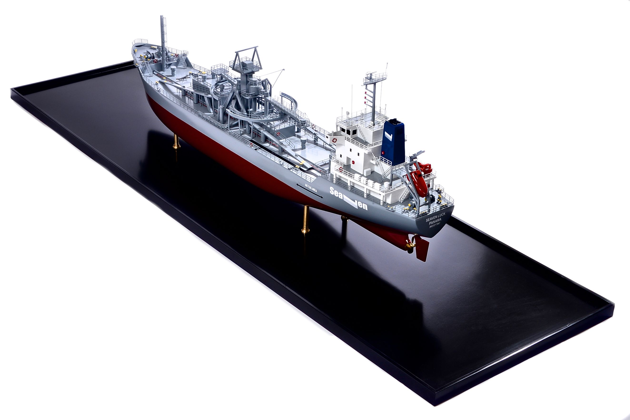 2474-14146-Seaven-Luck-Model-Ship