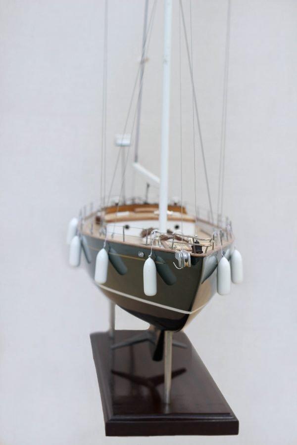 2532-14394-70ft-Hoeck-Design-Model-Sailing-Boat-Superior-Range