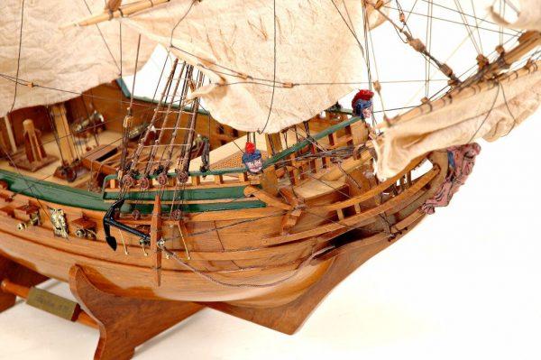 2536-14417-Berlin-Ship-Model-Superior-Range