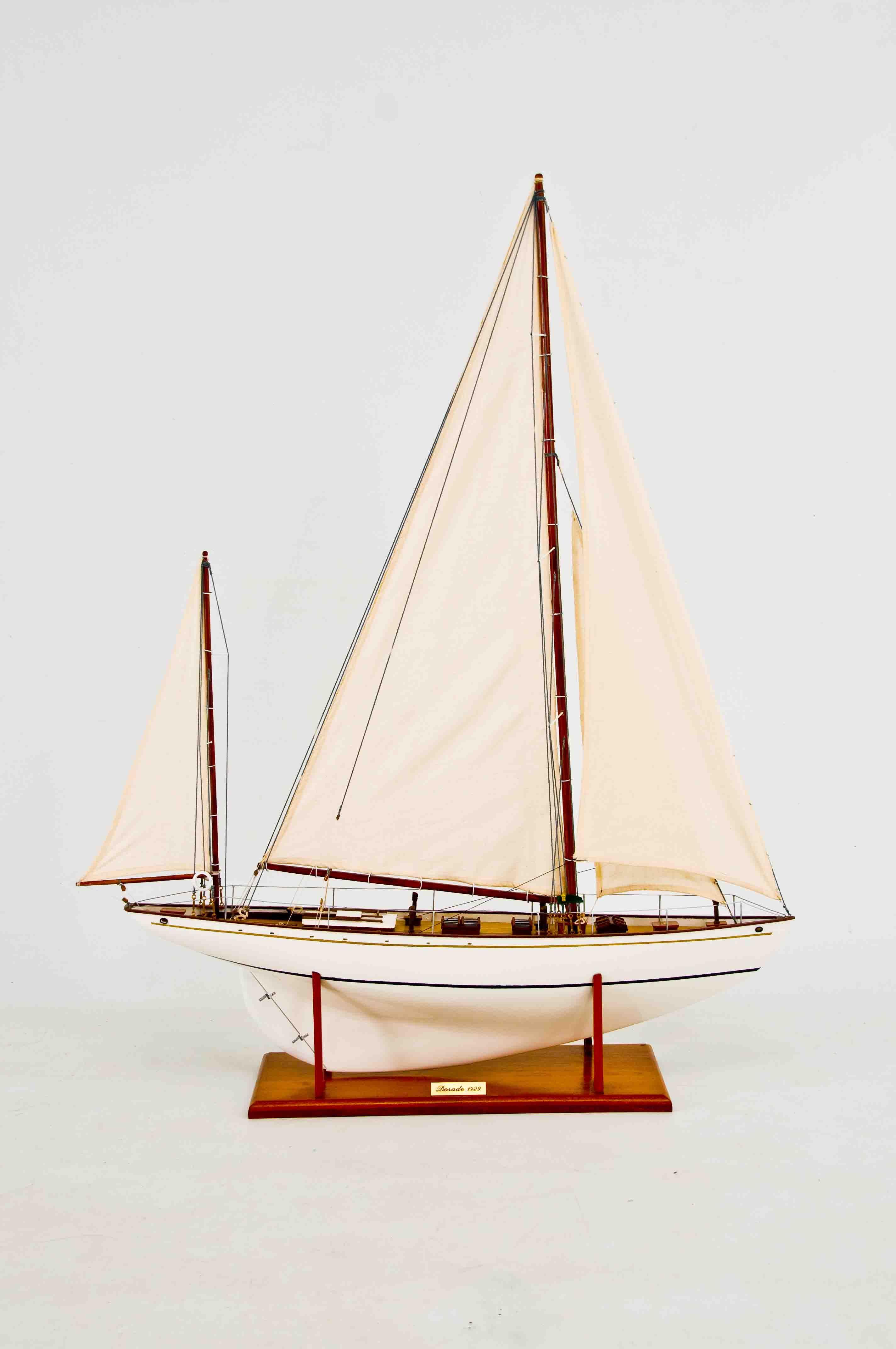 Dorade Model Yacht (Superior Range) - HM