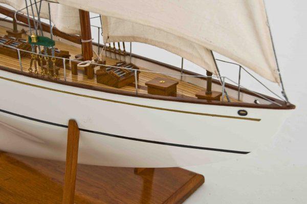 2539-14432-Dorade-Model-Yacht-Superior-Range