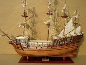 Mary Rose Model Ship (Standard Range) GN (TS0025W-60)