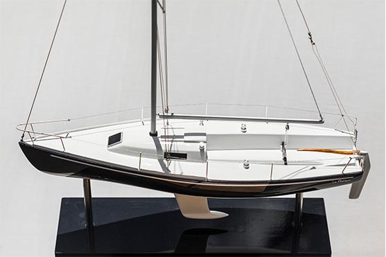 2543-14456-Le-Meltem-J80-Model-Yacht-Superior-Range