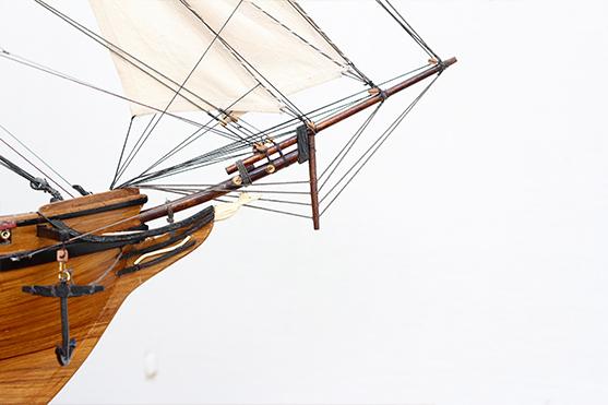 2547-14478-La-Confiance-Historical-Ship-Model-Superior-Range
