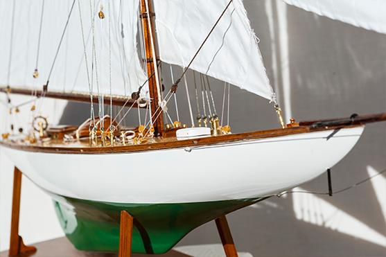 2552-14508-Mariquita-Model-Yacht-Superior-Range