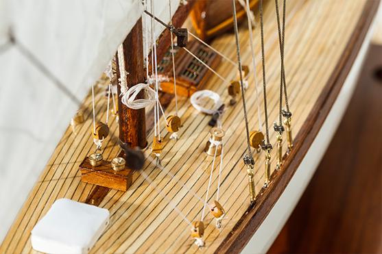 2552-14509-Mariquita-Model-Yacht-Superior-Range