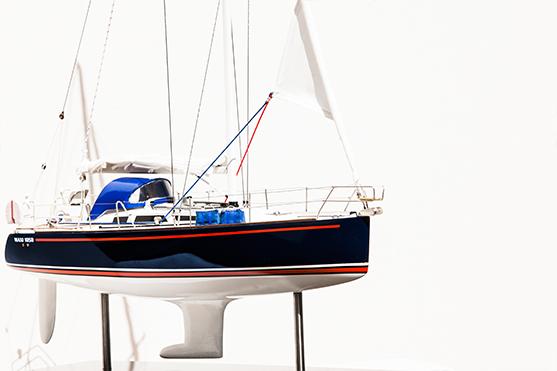 2553-14514-Maxi1050-Model-Boat-Superior-Range