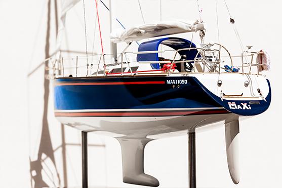 2553-14516-Maxi1050-Model-Boat-Superior-Range