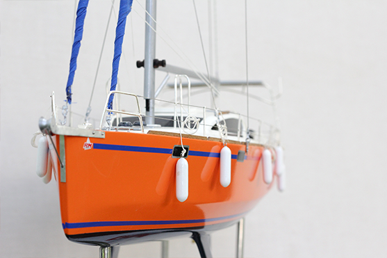 RM 1200 Model Sailing Yacht (Superior Range) - HM