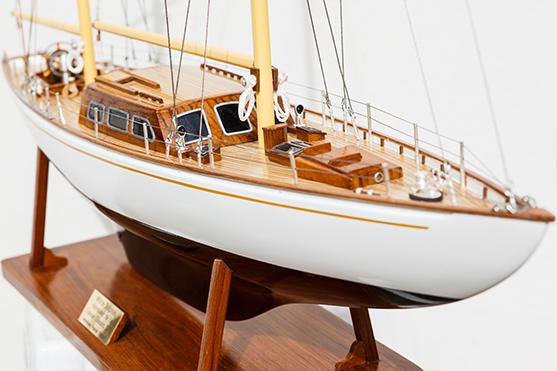 2562-14565-White-Dolphin-YCF-Bastia-Model-Yacht-Superior-Range