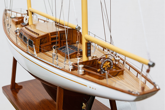 2562-14566-White-Dolphin-YCF-Bastia-Model-Yacht-Superior-Range