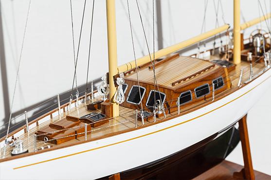 2562-14570-White-Dolphin-YCF-Bastia-Model-Yacht-Superior-Range