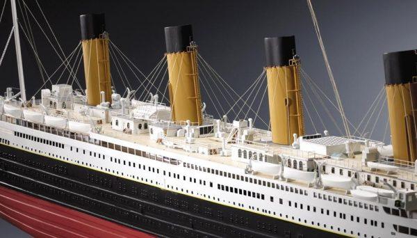 371-14110-RMS-Titanic-3-Model-Ships-Kit-Amati-1606