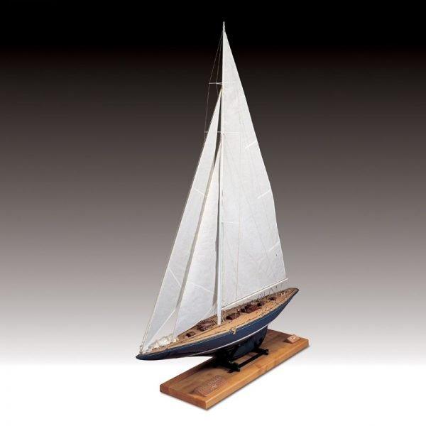 372-9784-Endeavour-Model-Boat-Kit-170082