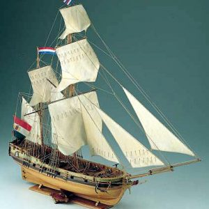 396-8004-Dolphyn-Ship-Model-Kit