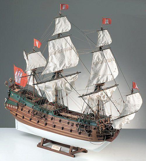 404-8013-Wappen-Von-Hamburg-Model-Ship-Kit