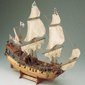 405-8003-Berlin-Ship-Model-Kit
