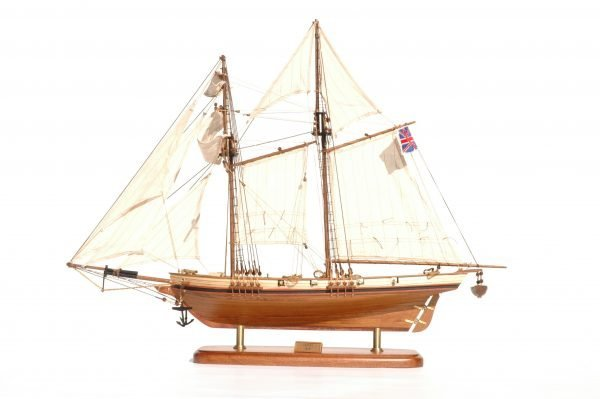 514-8301-Harvey-Model-Boat-Superior-Range