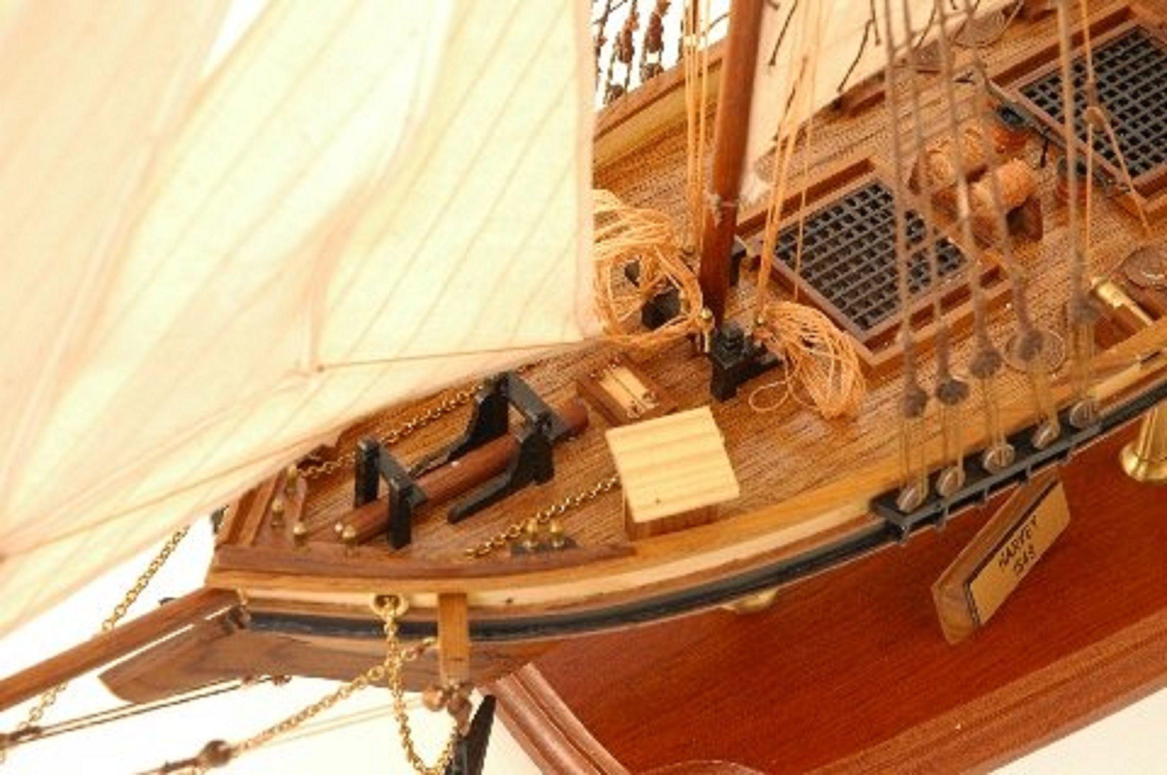514-8309-Harvey-Model-Boat-Superior-Range