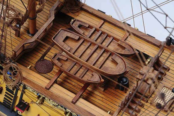 516-6152-HMS-Bellona-Model-Ship-Superior-Range