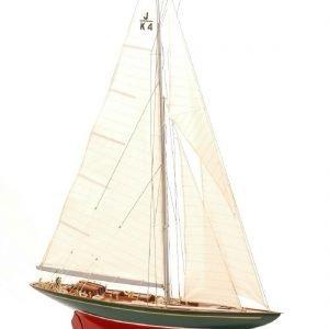 547-8388-Shamrock-Model-Yacht-Superior-Range