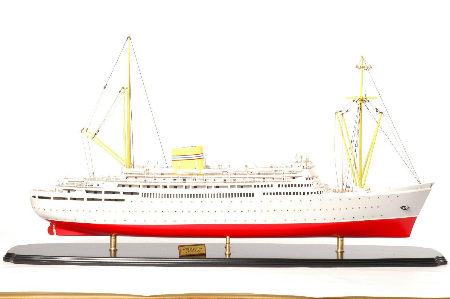 Bergensfjord model ship