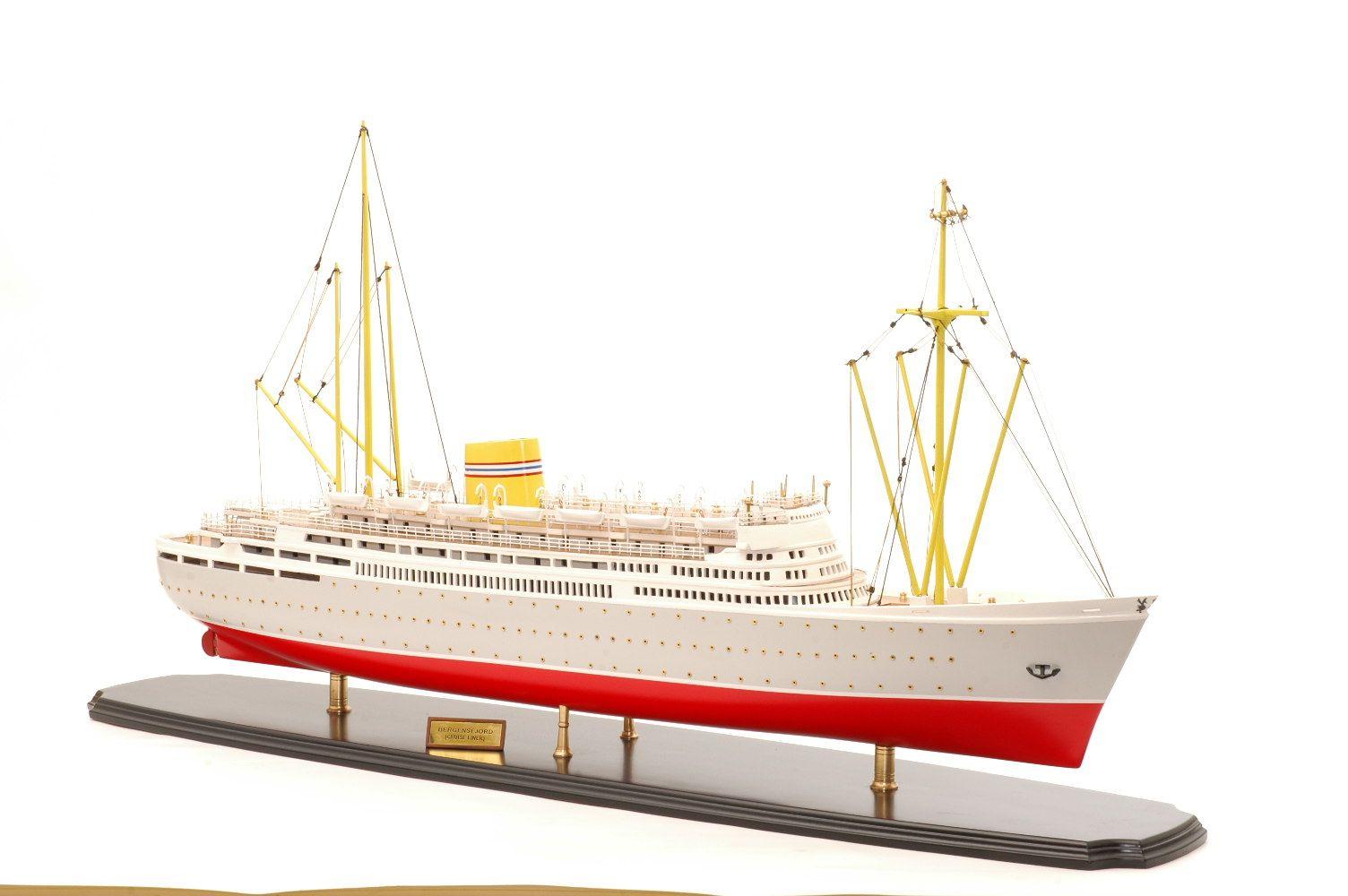 549-6431-Bergensfjord-model-ship