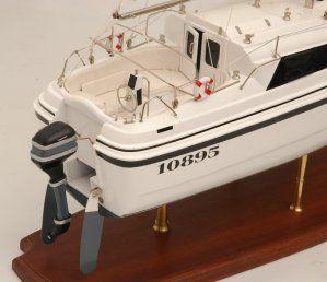 554-5989-Triple-Wai-model-yacht