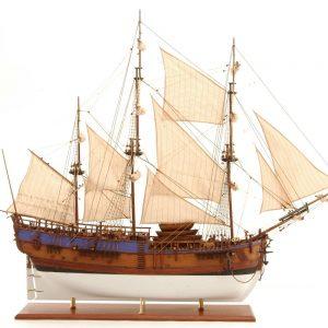HMS Endeavour model ship (Premier Range) - PSM