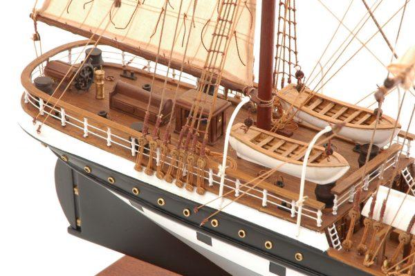 573-7228-Dunedin-Model-Ship-Premier-Range