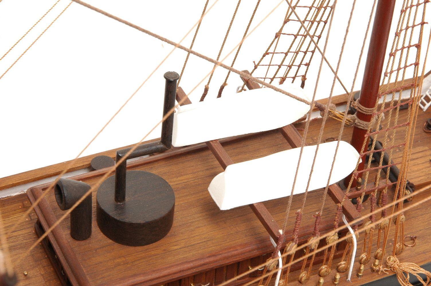 573-7230-Dunedin-Model-Ship-Premier-Range