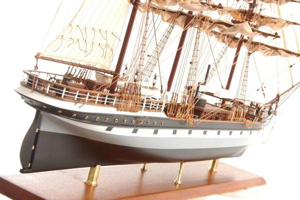 573-7231-Dunedin-Model-Ship-Premier-Range