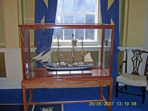 573-7235-Dunedin-Model-Ship-Premier-Range