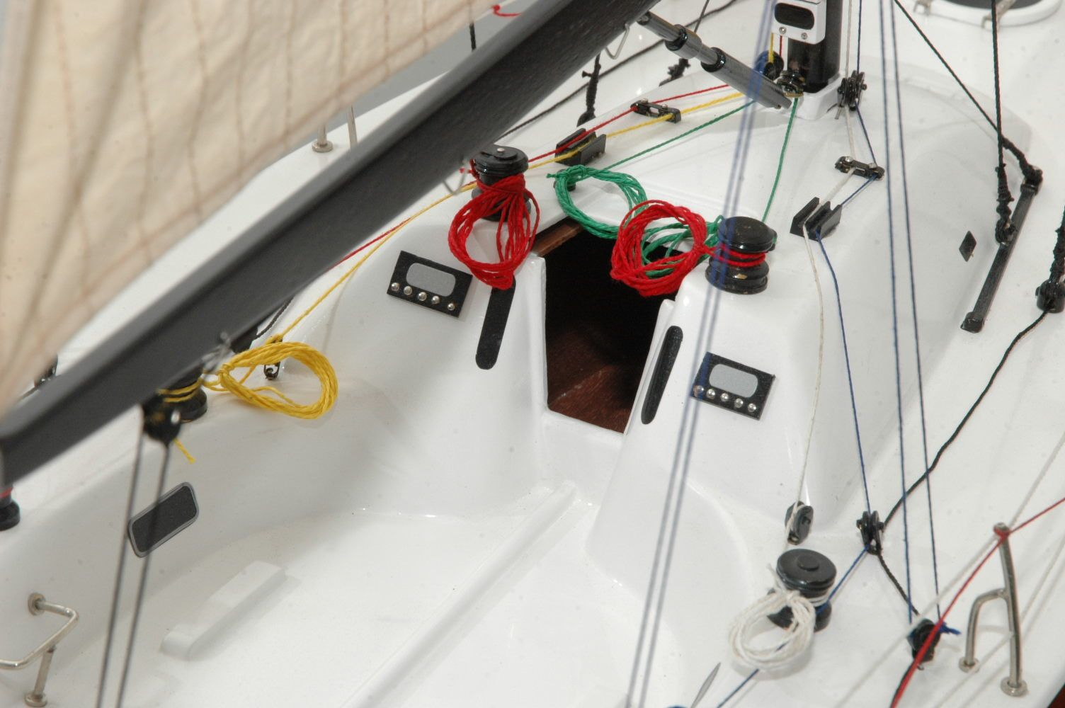 650-6391-Azure-Model-Yacht-Premier-Range