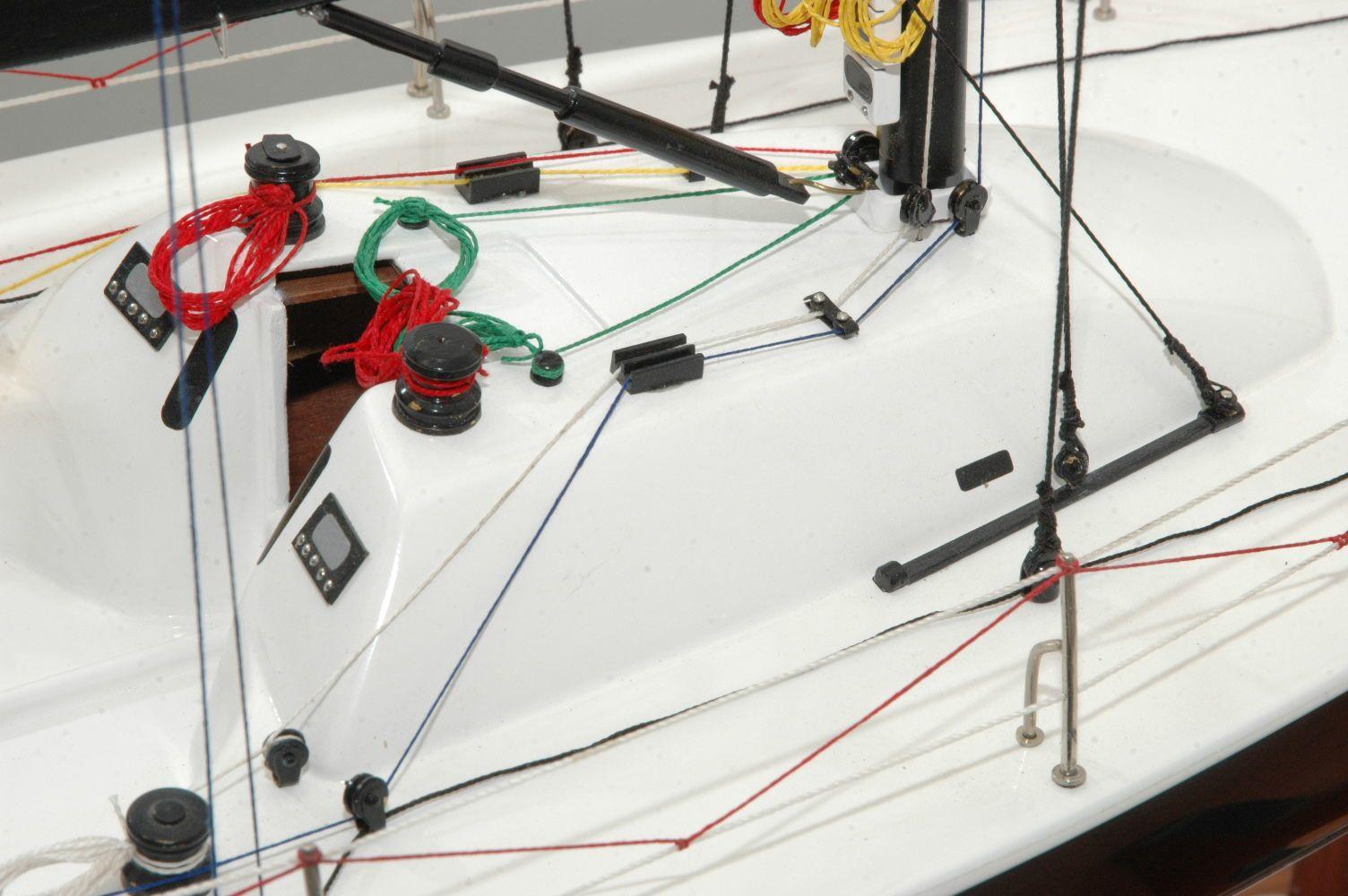650-6392-Azure-Model-Yacht-Premier-Range