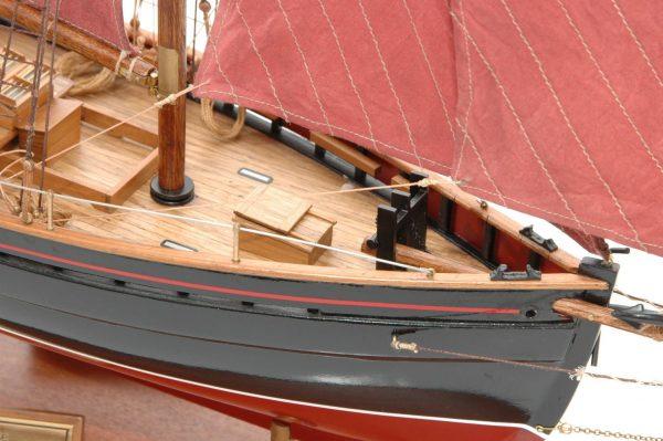 654-6203-Jolie-Brise-Model-Yacht-Premier-Range