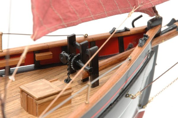 654-6205-Jolie-Brise-Model-Yacht-Premier-Range