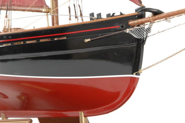 654-6206-Jolie-Brise-Model-Yacht-Premier-Range
